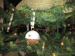 tree ornaments bells