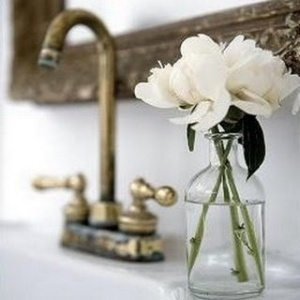 Brushed brass faucet